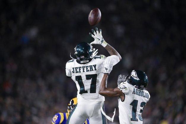 Jeffery rises above.jpg