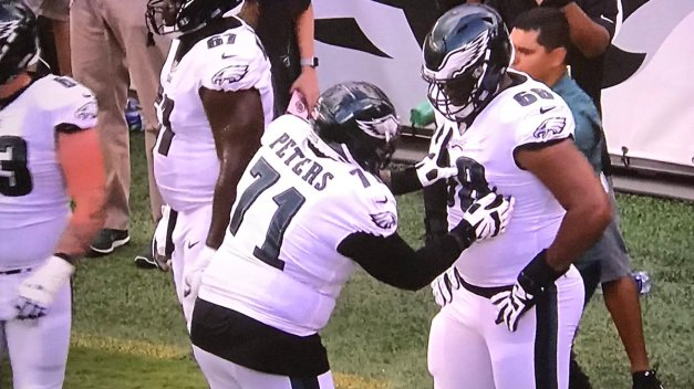 jason-peters-jordan-mailata.jpg